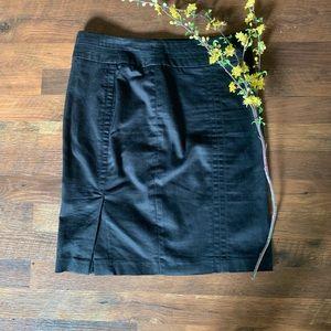 Kenar Pencil Skirt